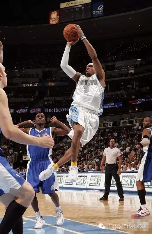 篮球男.webp