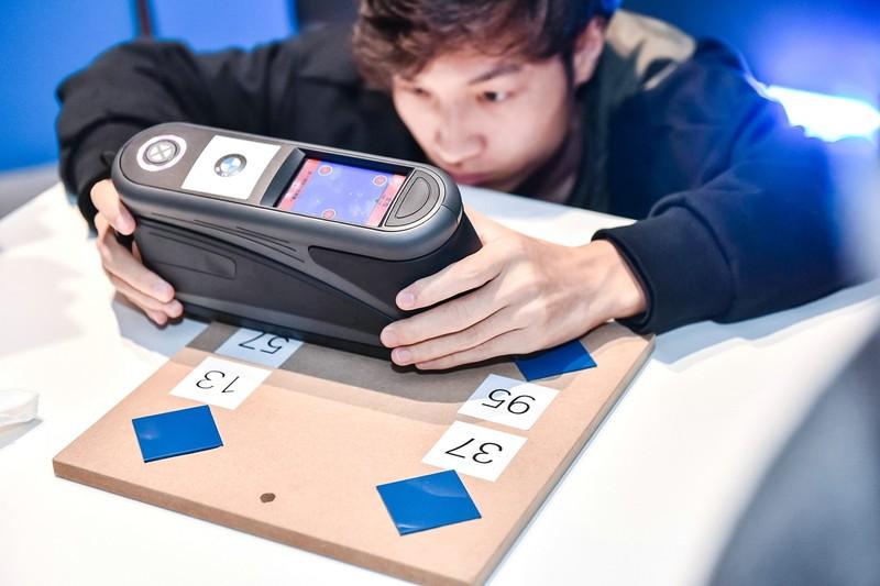 02.原厂水性漆测色仪有效提高车漆配色精度