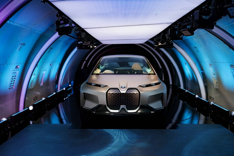 02.bmw vision inext