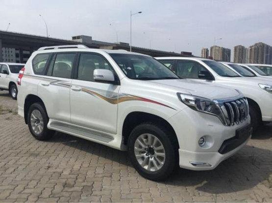 2017款 丰田霸道2700 现车优惠销售