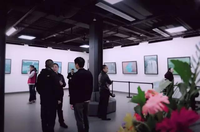 【情趣西区S级轿车尊享汇圆满落幕】西安华中语v情趣大全富有首站阅览室图片